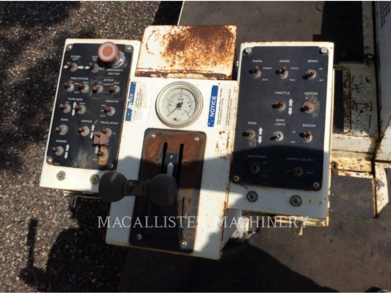 ROADTEC ASPHALT PAVERS RP195 equipment  photo 14