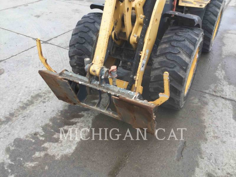 GEHL COMPANY WHEEL LOADERS/INTEGRATED TOOLCARRIERS AL140 equipment  photo 17