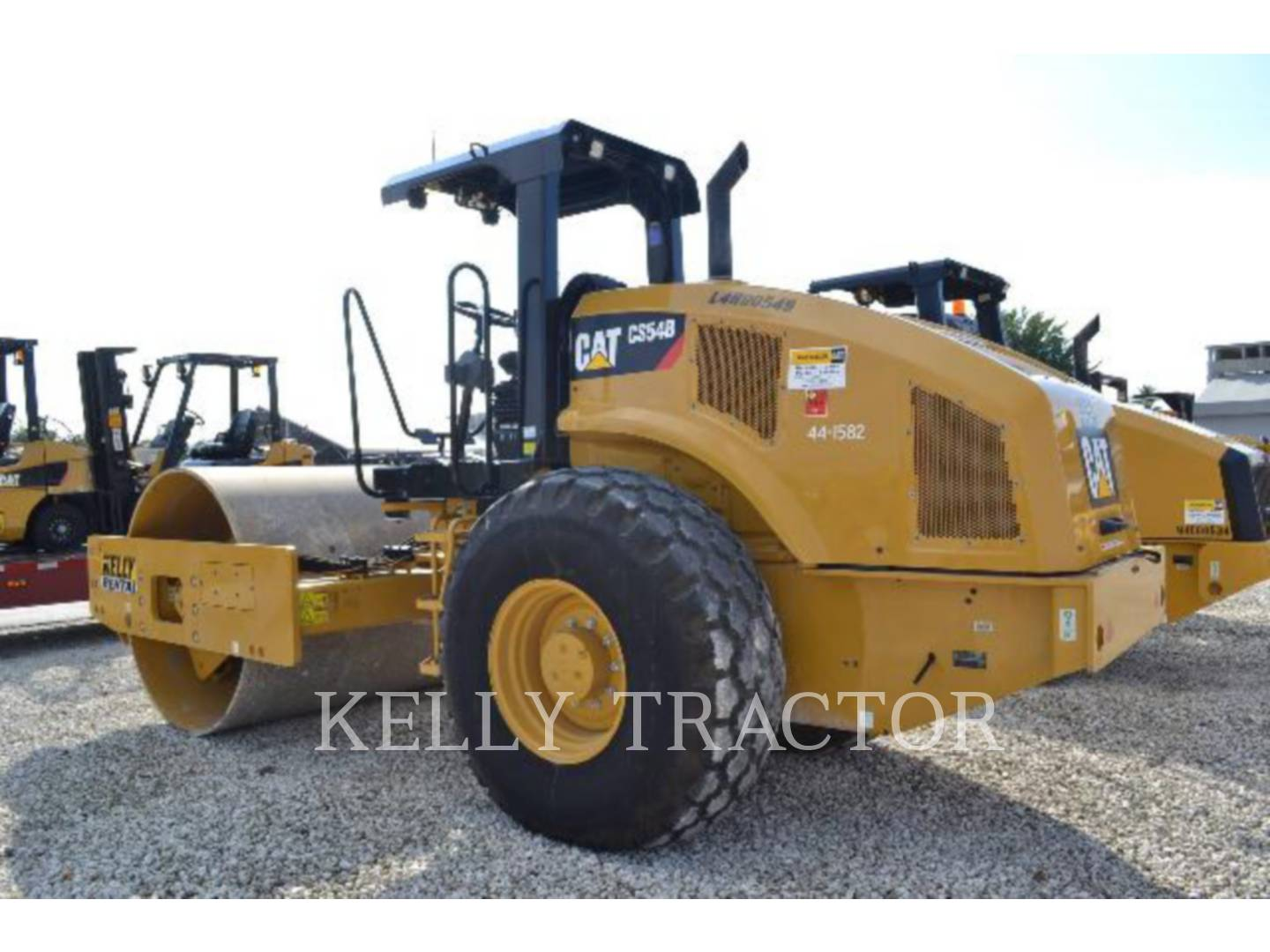 Detail photo of 2015 Caterpillar CS54B from Construction Equipment Guide