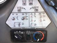 BOBCAT PALE COMPATTE SKID STEER S450 equipment  photo 8