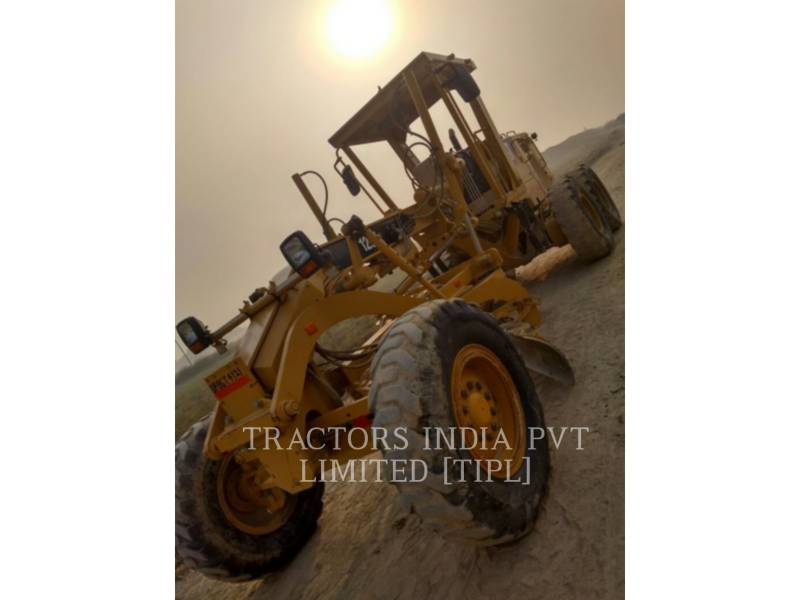 CATERPILLAR NIVELEUSES POUR MINES 120K2 equipment  photo 2