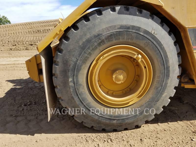 Caterpillar TRACTOARE-SCREPERE CU ROŢI 613C equipment  photo 9