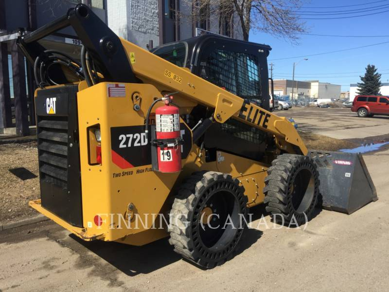 CATERPILLAR PALE COMPATTE SKID STEER 272D equipment  photo 4