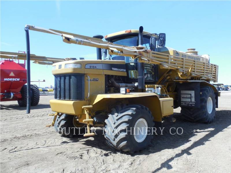 TERRA-GATOR PULVERIZADOR TG8104 equipment  photo 1