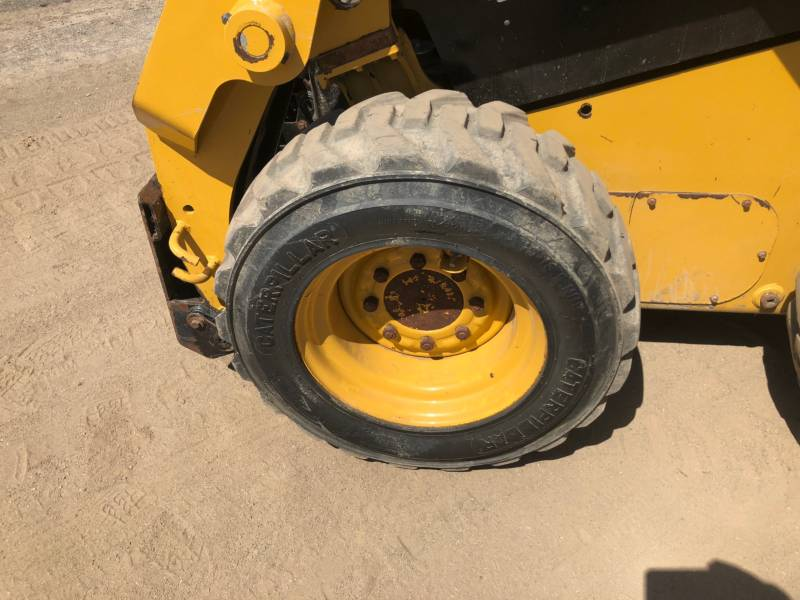 CATERPILLAR SKID STEER LOADERS 232D equipment  photo 9