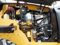 CATERPILLAR WIELLADERS/GEÏNTEGREERDE GEREEDSCHAPSDRAGERS 910K equipment  photo 18