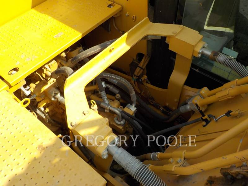 Caterpillar EXCAVATOARE PE ŞENILE 320E L equipment  photo 16