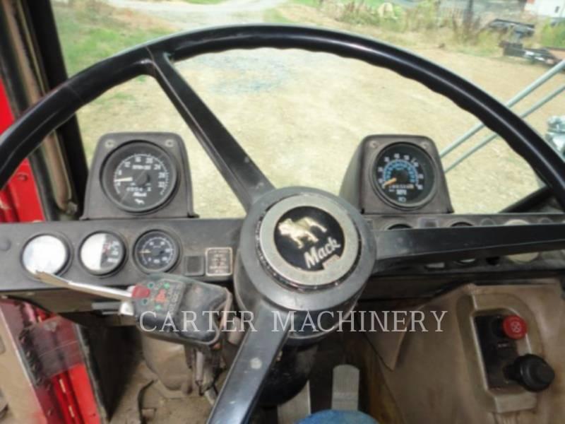 MACK RIMORCHI MR6855 equipment  photo 8