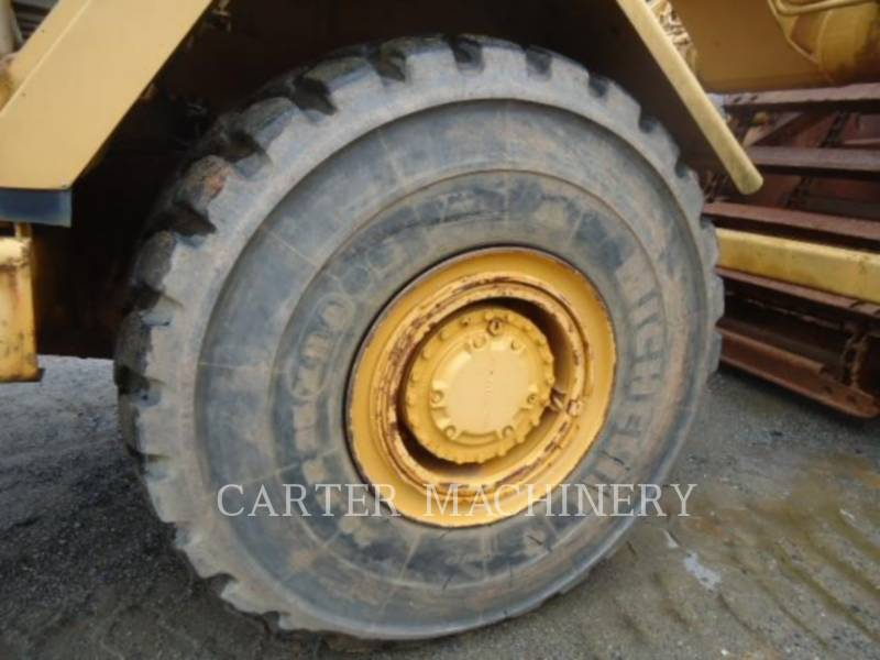 CATERPILLAR WHEEL TRACTOR SCRAPERS 615C equipment  photo 14
