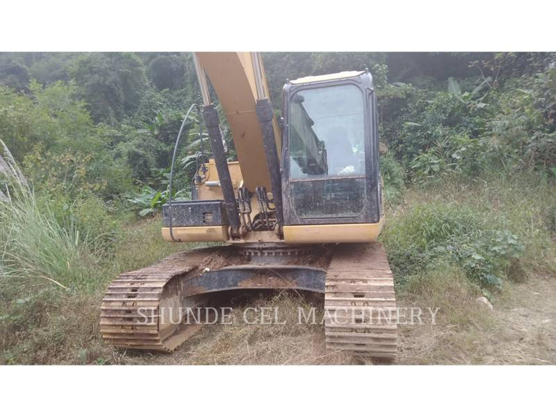 CATERPILLAR TRACK EXCAVATORS 320D2GC equipment  photo 1