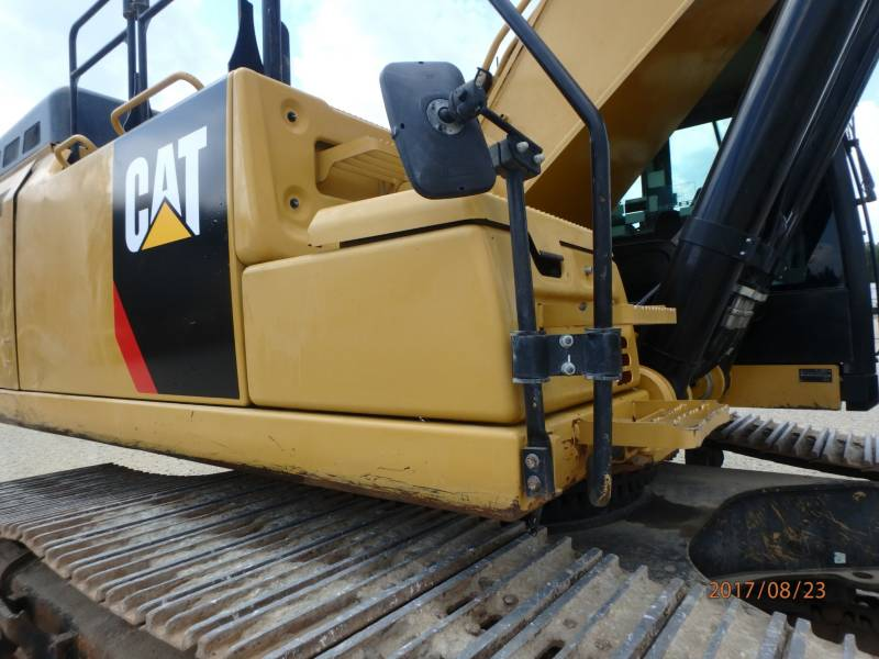 CATERPILLAR KETTEN-HYDRAULIKBAGGER 349FL equipment  photo 15