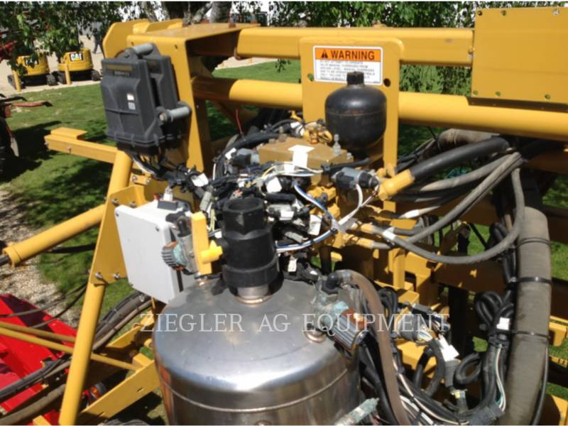 AG-CHEM PULVERIZADOR 1184 equipment  photo 16