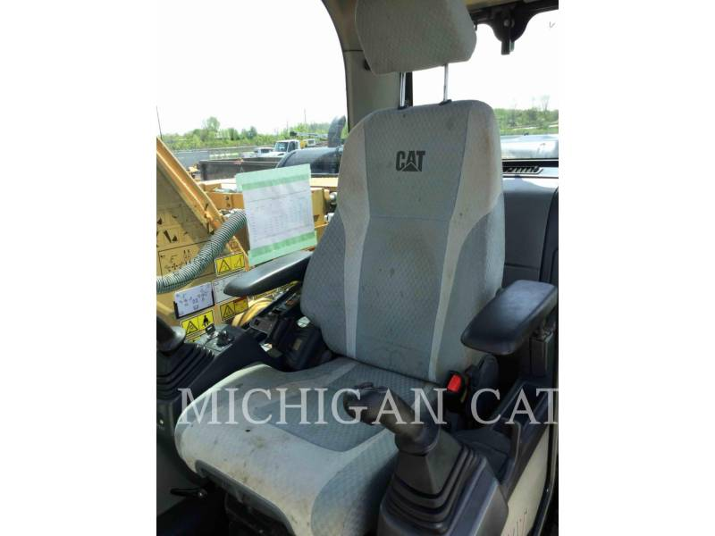 CATERPILLAR TRACK EXCAVATORS 320DL PQ equipment  photo 5