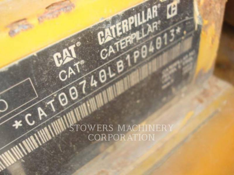 CATERPILLAR TOMBEREAUX ARTICULÉS 740WT equipment  photo 3
