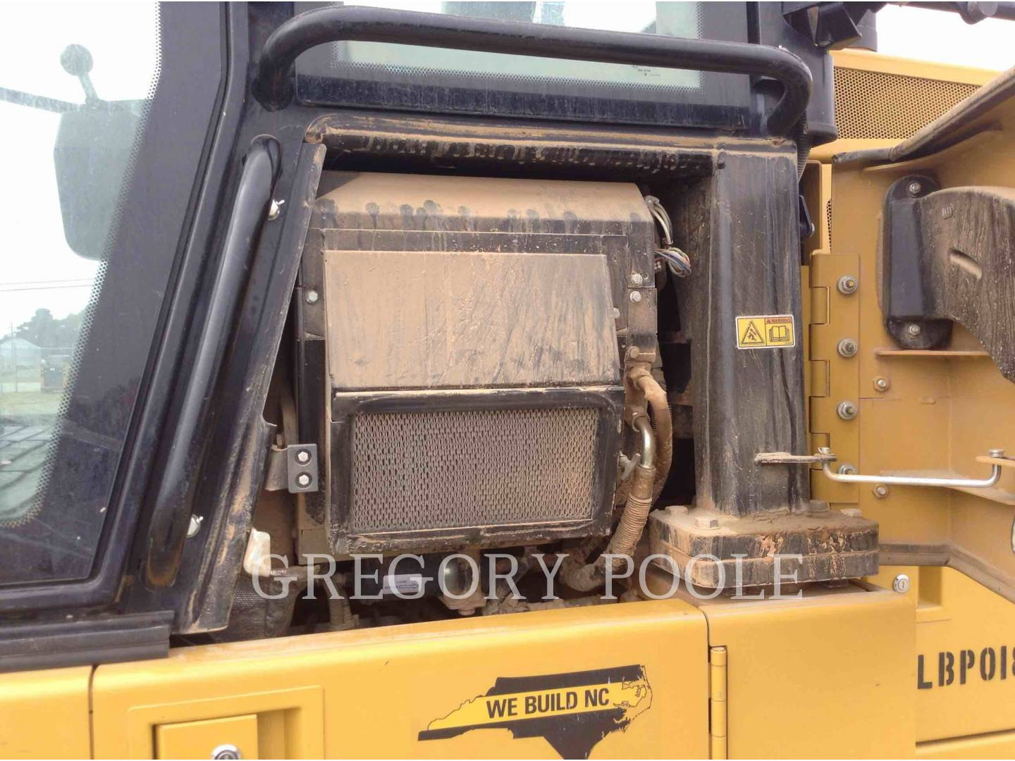 Detail photo of 2015 Caterpillar 953D from Construction Equipment Guide