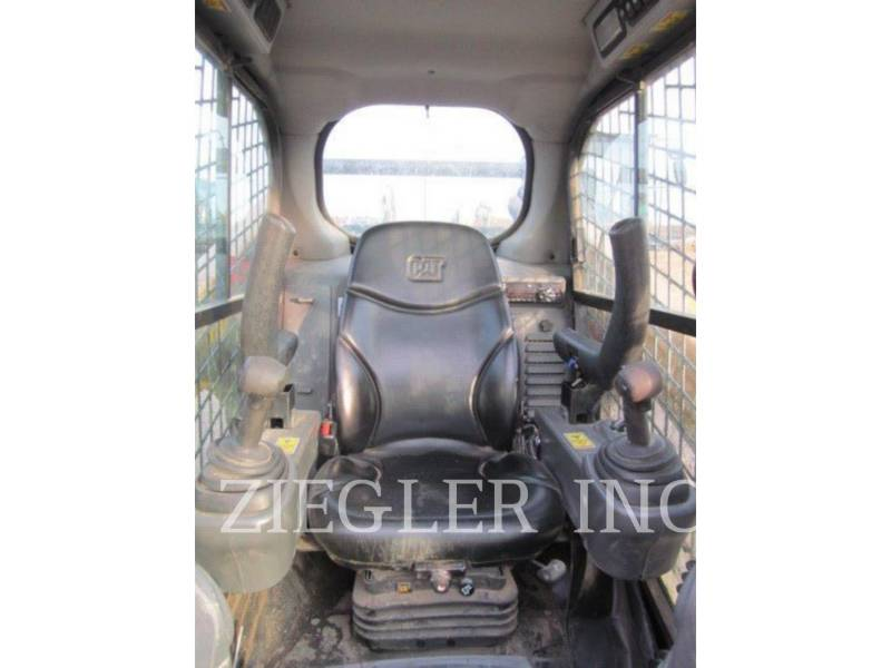 CATERPILLAR KOMPAKTLADER 262D equipment  photo 3
