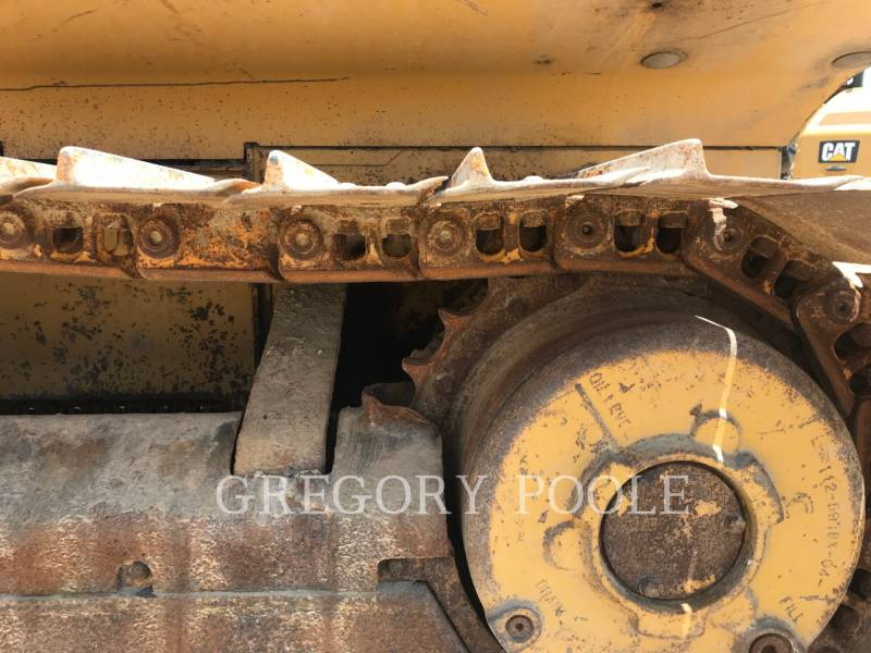 CATERPILLAR TRACK TYPE TRACTORS D3G equipment  photo 11