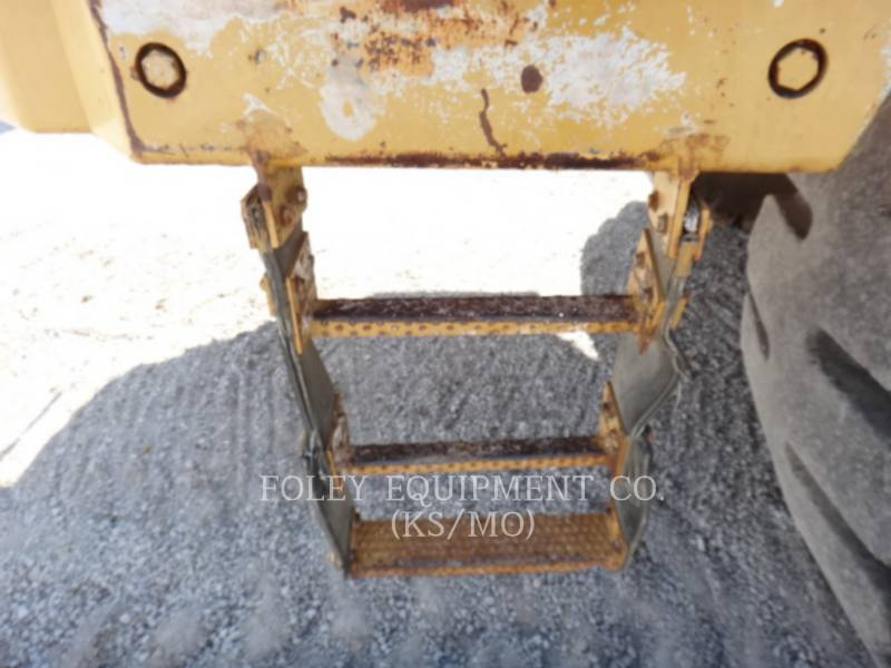 CATERPILLAR VAGONES DE AGUA D25C equipment  photo 12