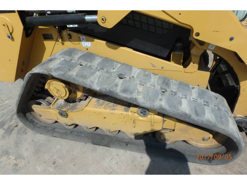 CATERPILLAR CHARGEURS TOUT TERRAIN 279D equipment  photo 11