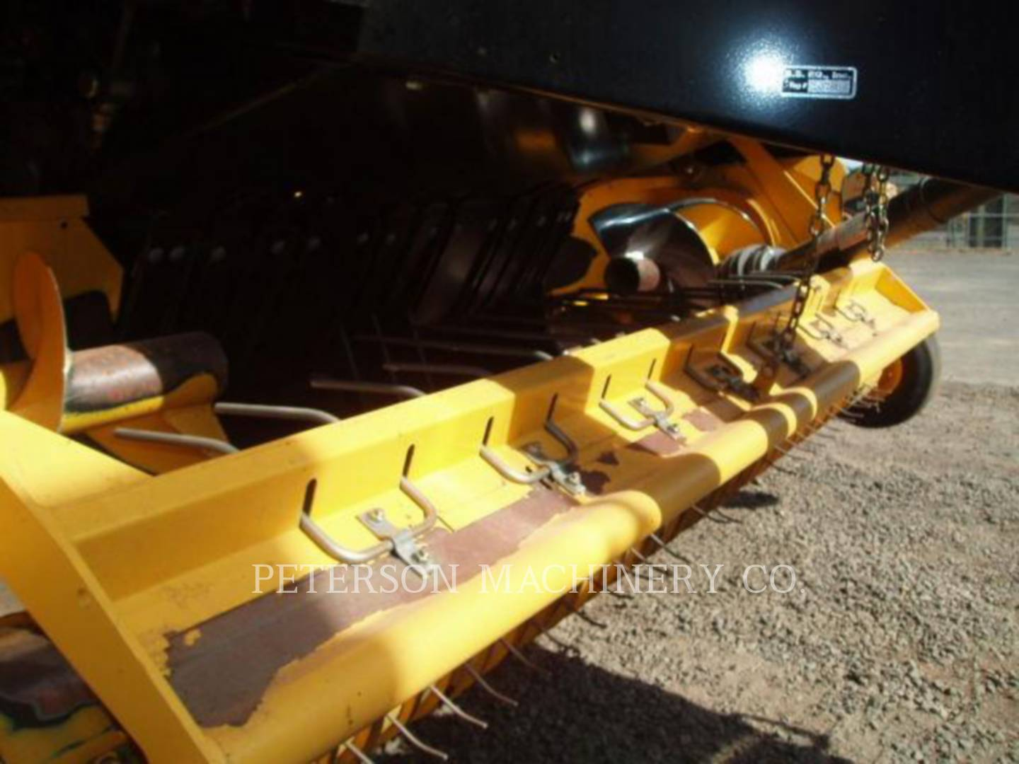 Detail photo of 2010 New Holland BB9080 from Construction Equipment Guide