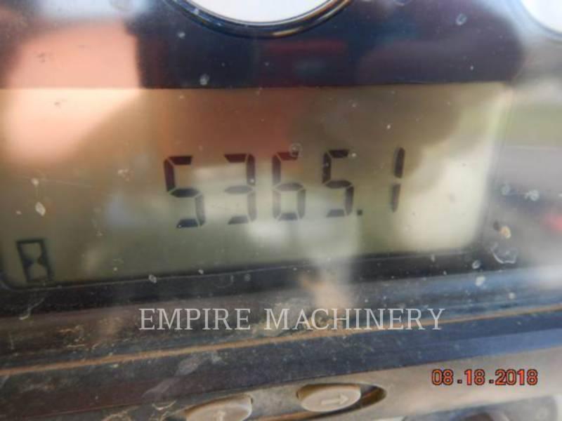 CATERPILLAR TRACK TYPE TRACTORS D3KXL equipment  photo 7