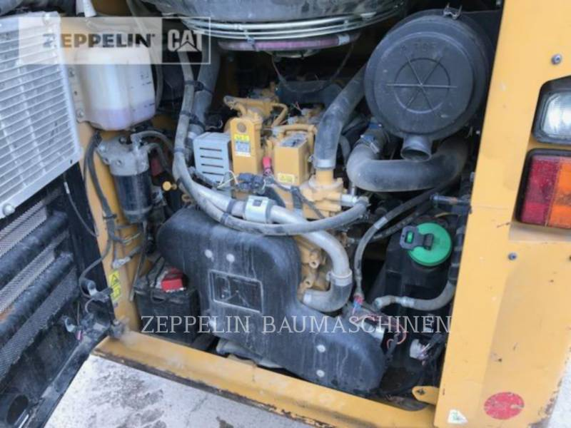 CATERPILLAR SKID STEER LOADERS 246D equipment  photo 22