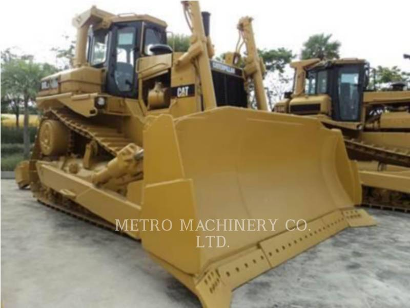 CATERPILLAR TRACTEURS SUR CHAINES D8L equipment  photo 4