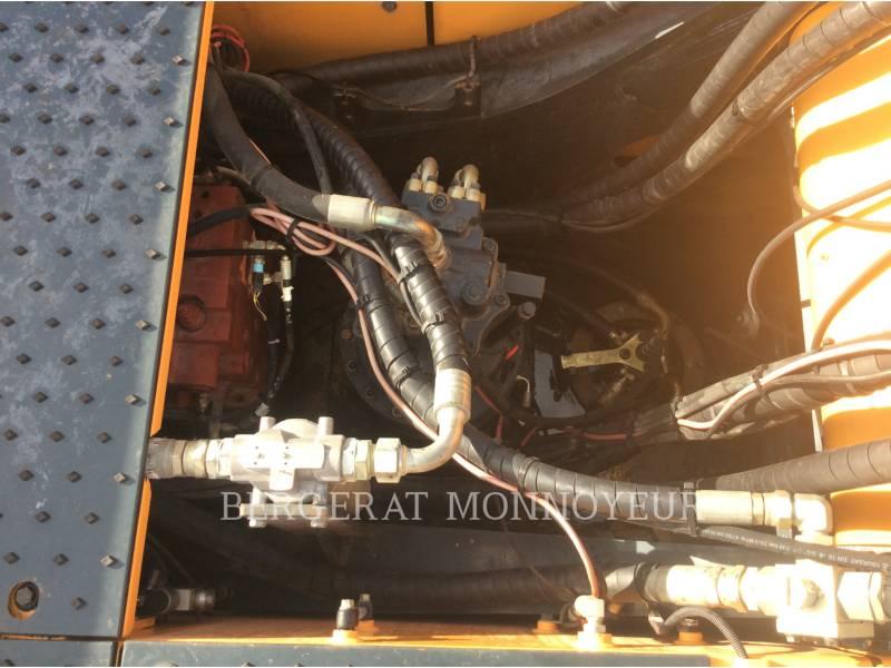 HYUNDAI TRACK EXCAVATORS R380 equipment  photo 9