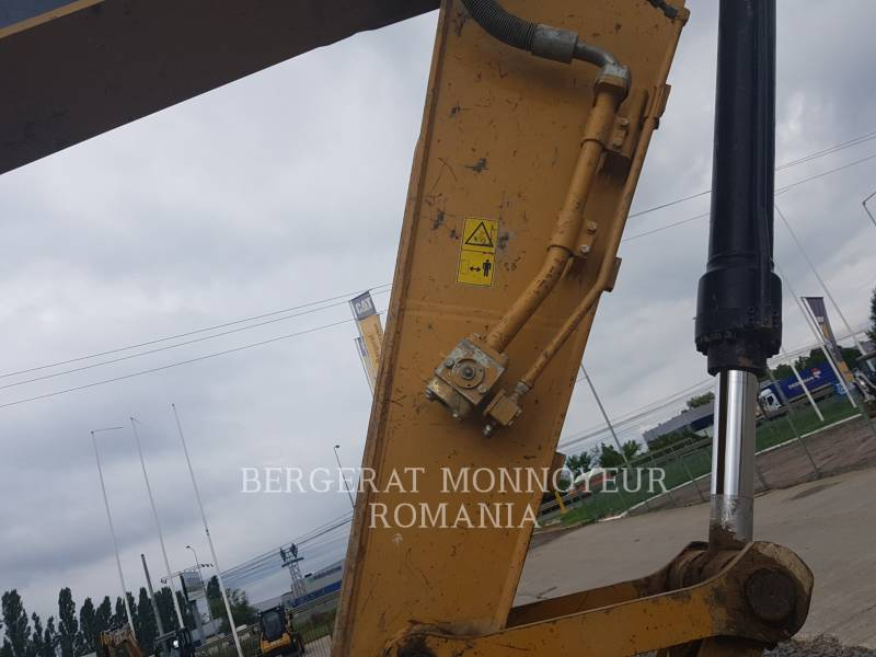 CATERPILLAR ESCAVATORI CINGOLATI 323DLN equipment  photo 6