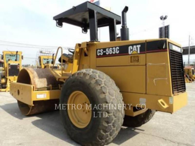 CATERPILLAR COMPATTATORE A SINGOLO TAMBURO VIBRANTE LISCIO CS-563CAW equipment  photo 6