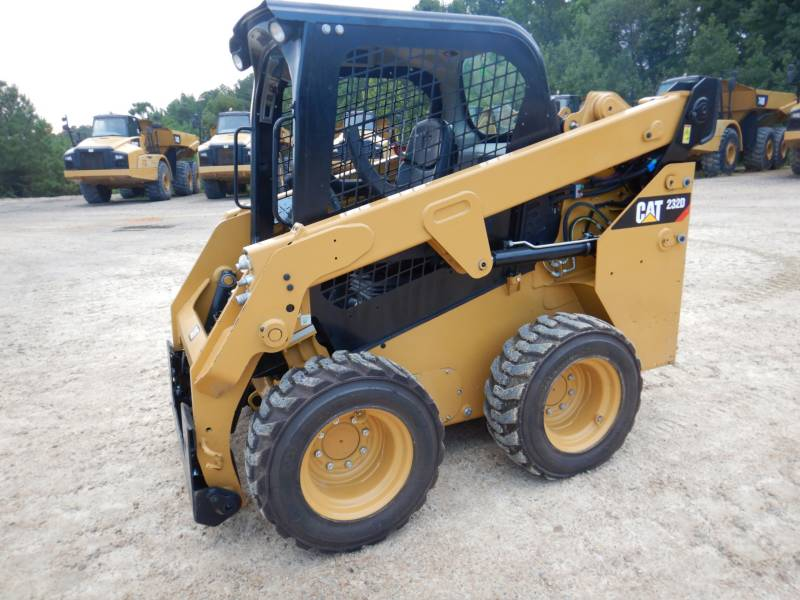 CATERPILLAR SCHRANKLADERS 232 D equipment  photo 5