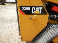 CATERPILLAR CHARGEURS TOUT TERRAIN 239D equipment  photo 19