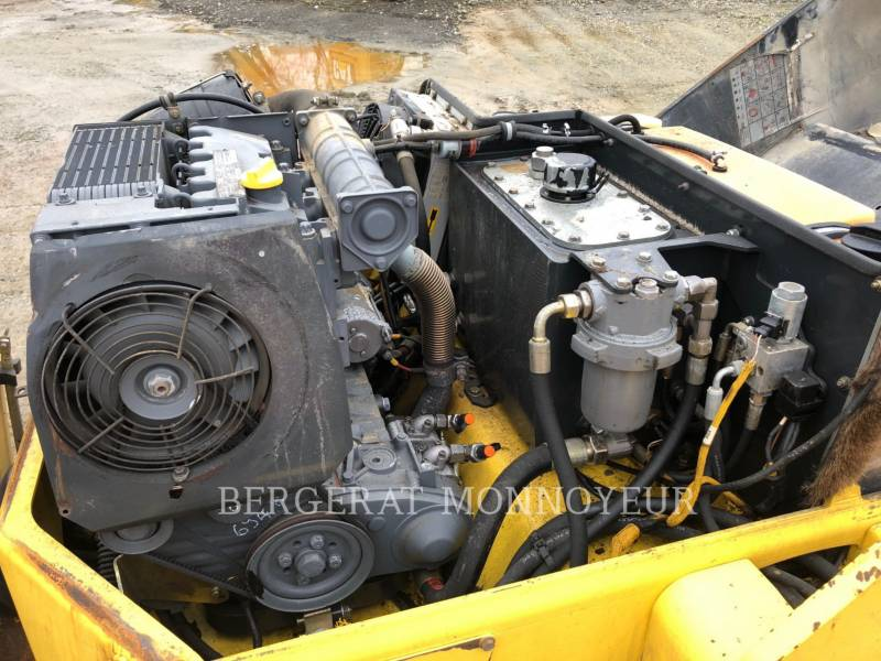 BOMAG COMPACTADORES BW138 equipment  photo 4