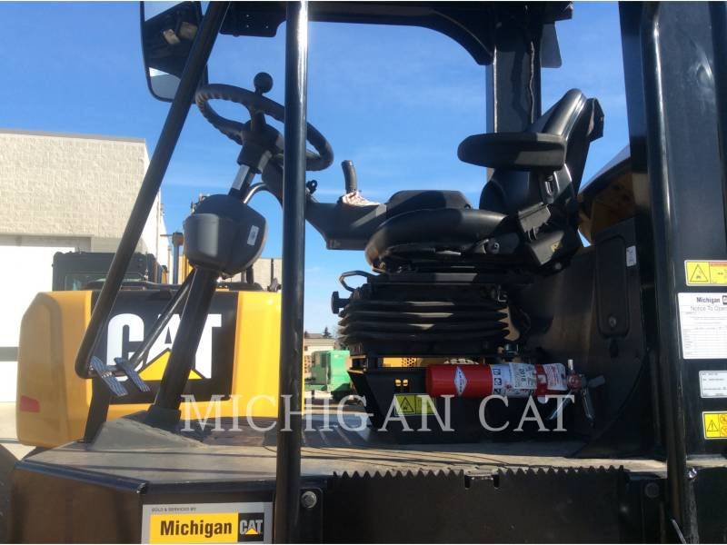 CATERPILLAR VIBRATORY SINGLE DRUM SMOOTH CS54B equipment  photo 5