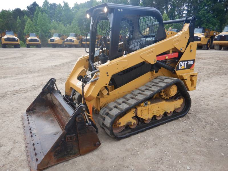 CATERPILLAR CARGADORES MULTITERRENO 259 D equipment  photo 5