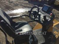 CATERPILLAR ASPHALT PAVERS AP1055F equipment  photo 18
