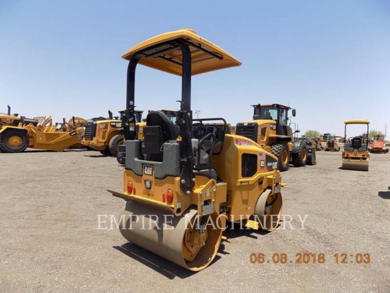 CATERPILLAR TANDEMVIBRATIONSWALZE, ASPHALT CB24B equipment  photo 2