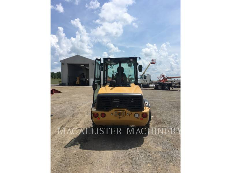 CATERPILLAR PALE GOMMATE/PALE GOMMATE MULTIUSO 908M equipment  photo 4