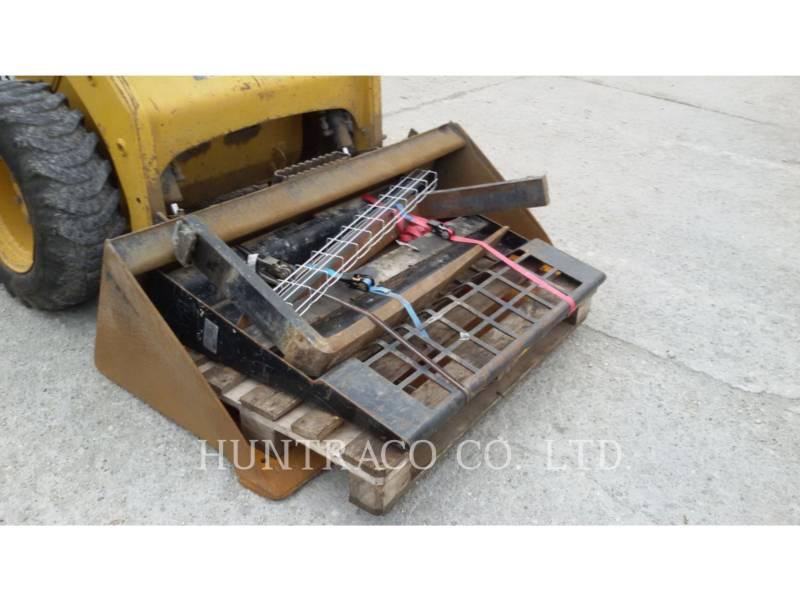 CATERPILLAR スキッド・ステア・ローダ 226 B SERIES 3 equipment  photo 8
