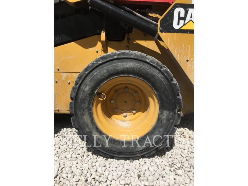 CATERPILLAR MINICARGADORAS 242D equipment  photo 10