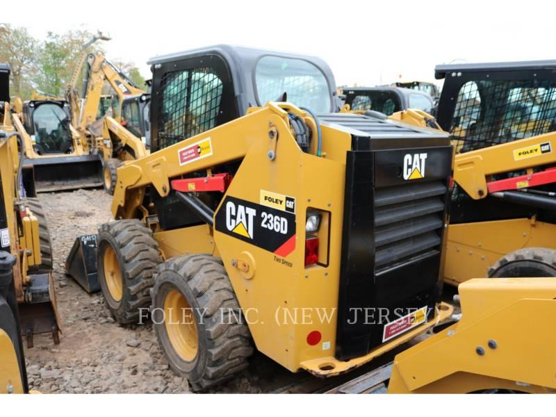 CATERPILLAR PALE COMPATTE SKID STEER 236D equipment  photo 2