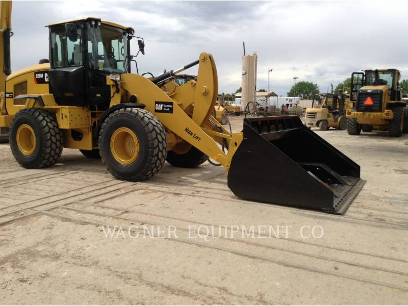 CATERPILLAR CARGADORES DE RUEDAS 926M FCHL equipment  photo 2