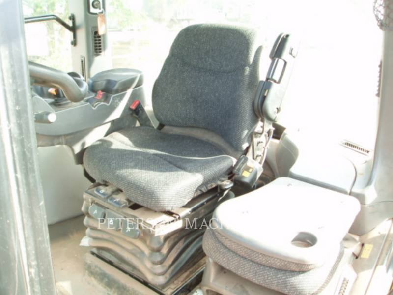 AGCO AG TRACTORS MT765D equipment  photo 9