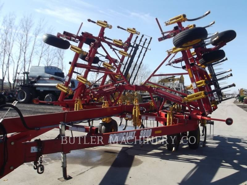 BOURGAULT INDUSTRIES EQUIPO DE LABRANZA AGRÍCOLA 9800-28 equipment  photo 2
