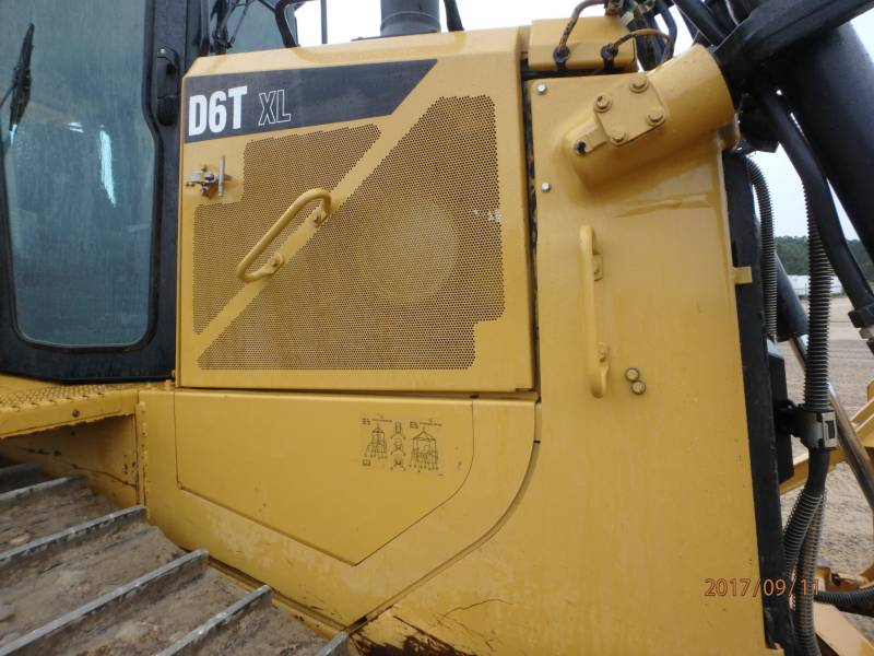 CATERPILLAR CIĄGNIKI GĄSIENICOWE D6TXL equipment  photo 19