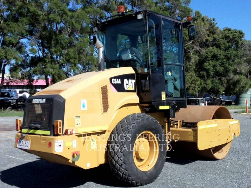 CATERPILLAR VIBRATORY SINGLE DRUM SMOOTH CS 44 equipment  photo 7