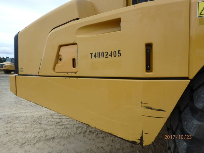 CATERPILLAR KNICKGELENKTE MULDENKIPPER 740B equipment  photo 24