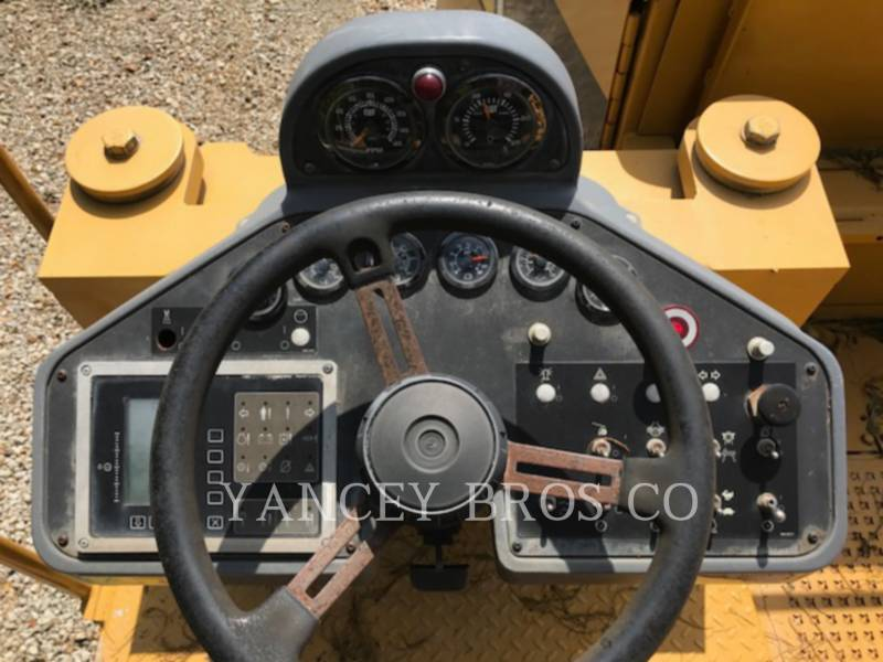 CATERPILLAR STABILIZERS / RECLAIMERS RM-300 equipment  photo 24