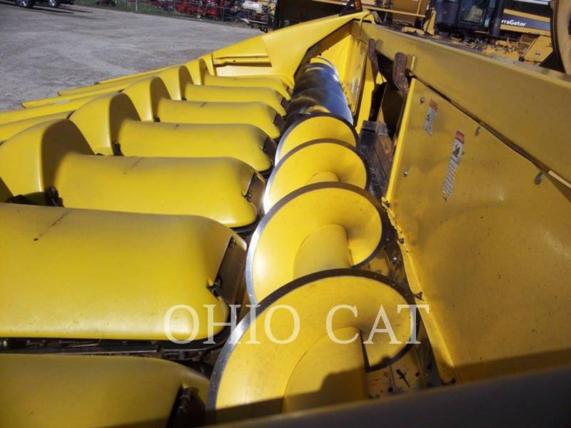 CASE/NEW HOLLAND COMBINÉS 98C equipment  photo 11