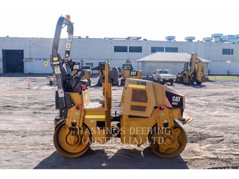 CATERPILLAR TANDEMVIBRATIONSWALZE, ASPHALT CB22 equipment  photo 5
